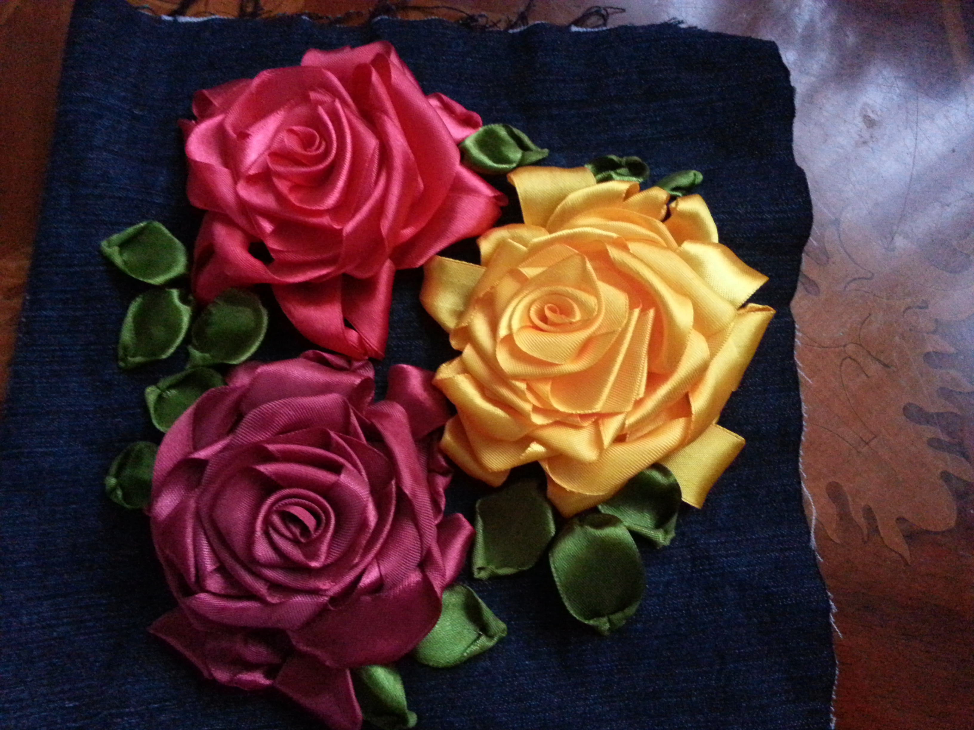 Learn ribbon embroidery roses pixshark images