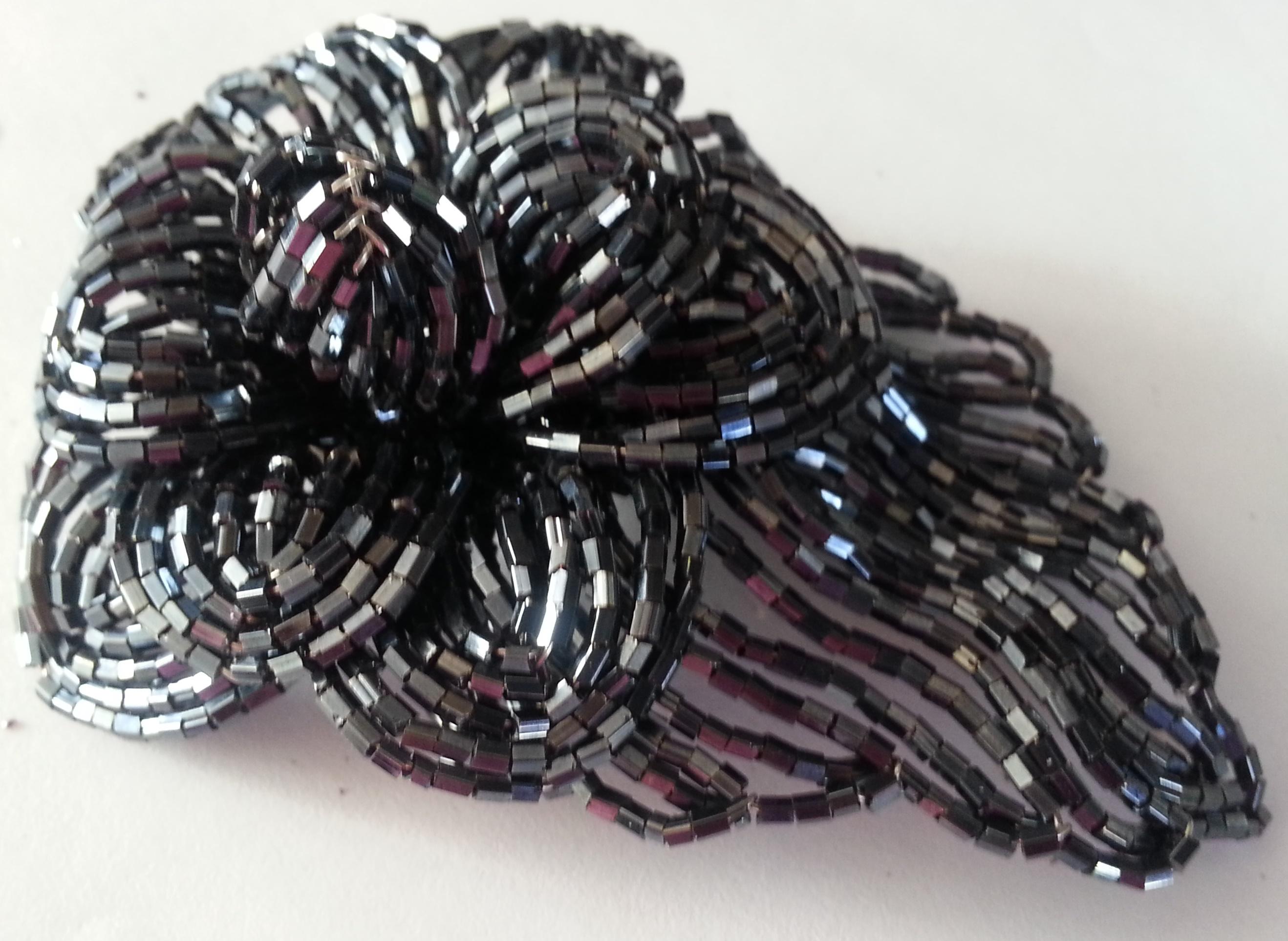 bead flower brooche