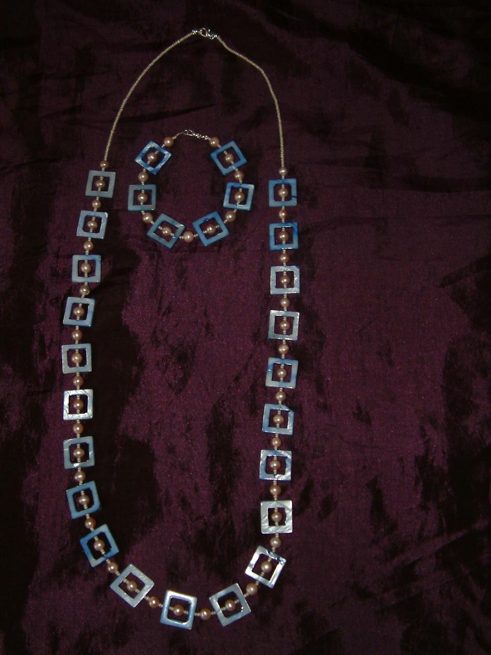 Pearl long necklaces & bracelet